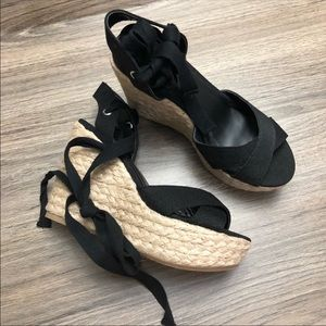 Wild Diva Ankle Lace Black Straw Wedges